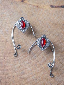 Clips d'oreille avec pierre rouge ensemble deux oreilles