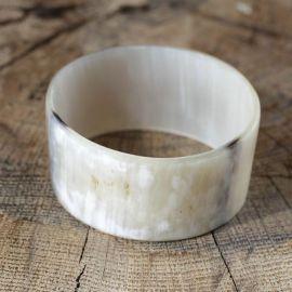 Bracelet en corne véritable large